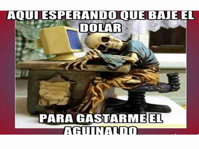 meme esperando a que baje el dolar